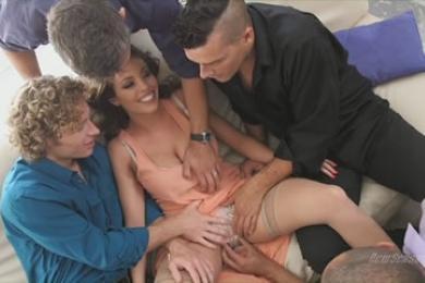 nekem spriccelj videót masszázs szalon szex történetek